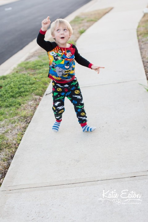 Fun images of a toddler playing | Austin Child Photographer | Katie Eaton Photography-6