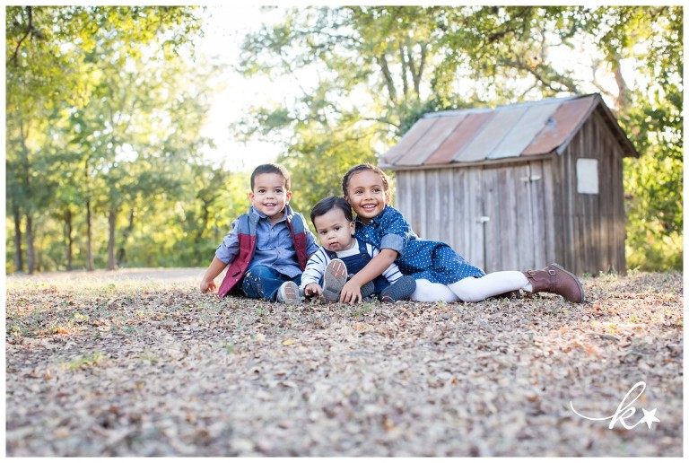 Beautiful images from a family session in Round Rock | Austin Family Photographer | Katie Starr Photography-11