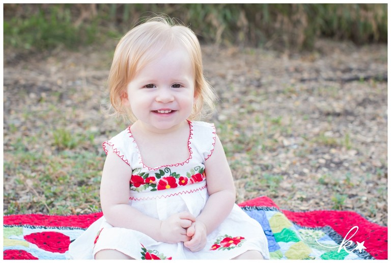 Beautiful images from a family session in Austin   Austin Family Photographer   Katie Starr Photography-2