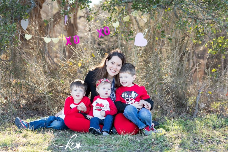 Fun images from a valentines day mini session by Katie Starr Photography -1