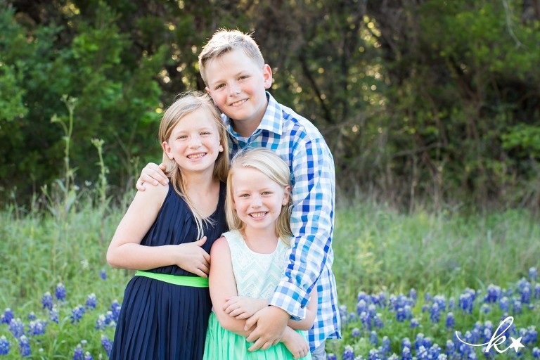 Beautiful images from bluebonnet mini sessions in Austin by Katie Starr Photography-7
