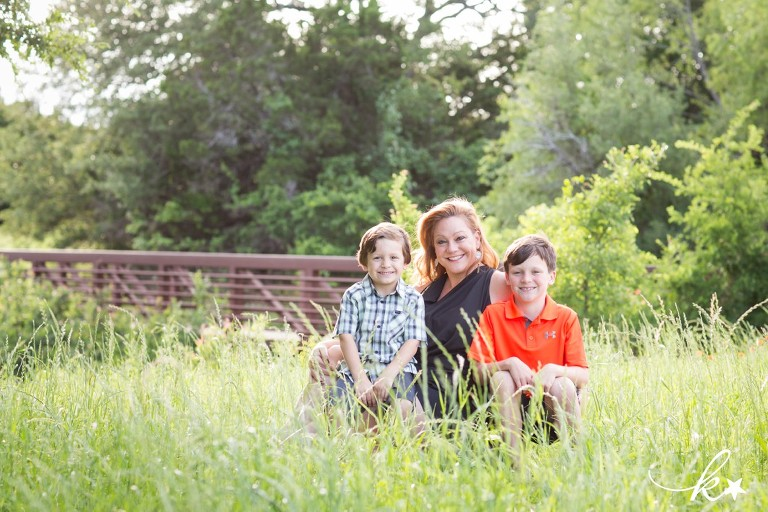 Lovely images of a mother and her sons in Austin by Katie Starr Photography -1