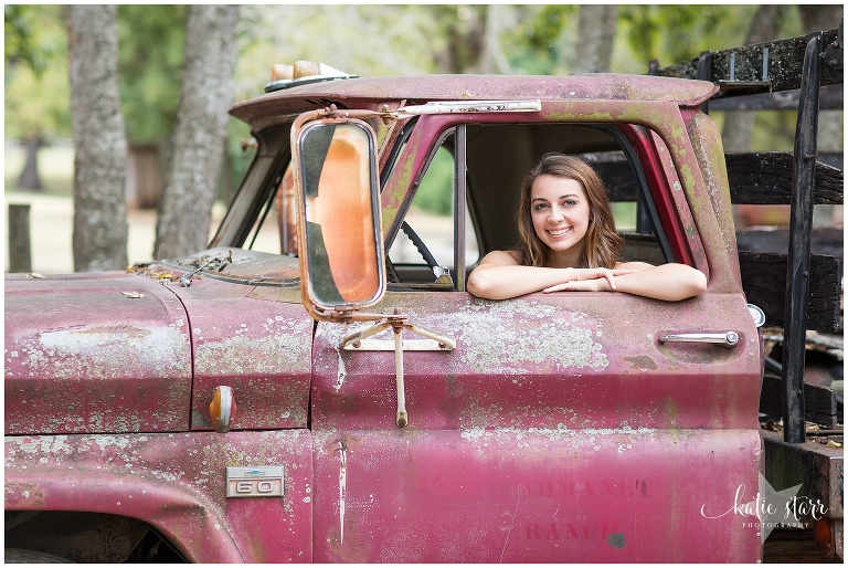 Beautiful images of a high school senior in Austin, Texas | Austin Family Photographer | Katie Starr Photography-3.jpg