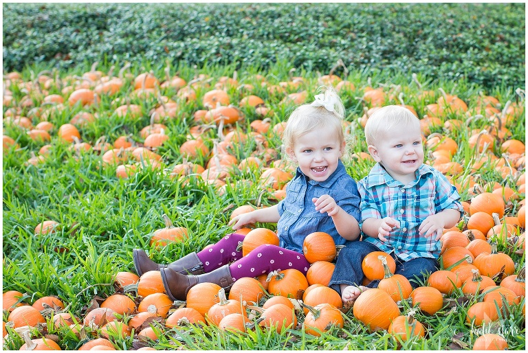 Beautiful images of children in the pumpkin patch in Austin, Texas | Austin Family Photographer | Katie Starr Photography-11.jpg